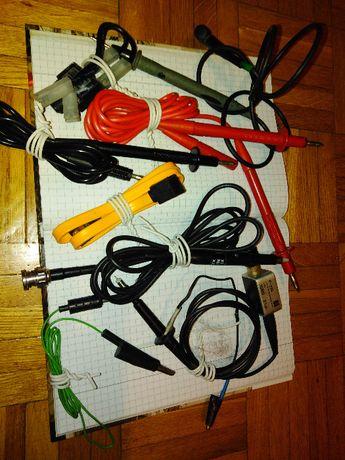 warsztat rtv regały stoły półki sonda przewody przyrząd oscyloskop
