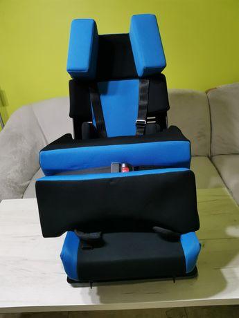 Fotelik samochodowy dla niepełnosprawnych