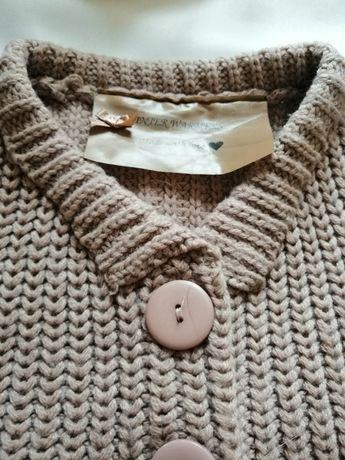 Narzutka swetr wełniana rozmiar 152 / 158