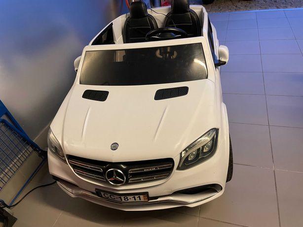 Carro criança 2lugares 4x4 2x12v Mercedes GLS63 AMG