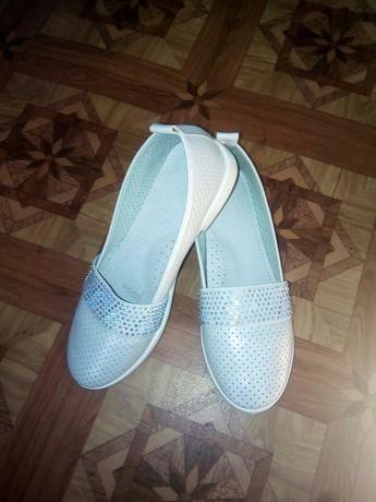 Туфлі балетки для дівчинки
