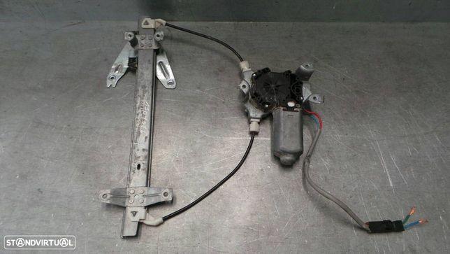 Elevador Vidro Trás Direito Nissan Primera Hatchback (P11)