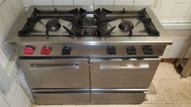 Fogão 4 bicos com forno a gás industrial