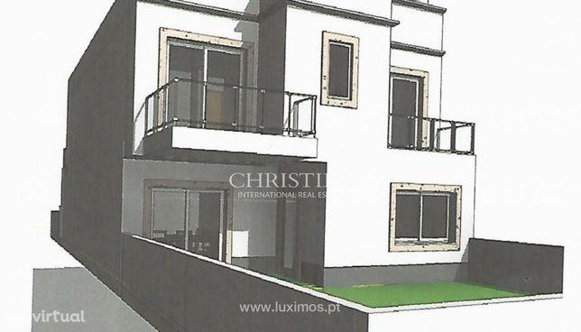 Moradia V5 em banda, com terraços, Tavira, Algarve