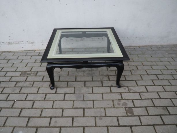 Kwadratowa ława ludwikowska ze szklanym blatem 281