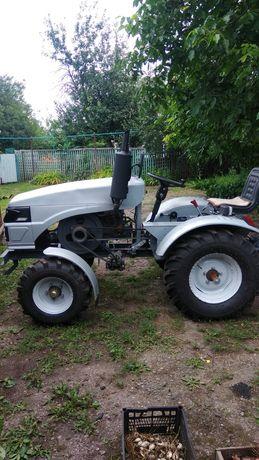 Трактор Т-18 в отличном состоянии .