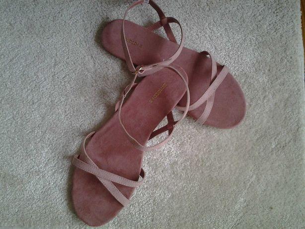 Sandałki H & M nowe