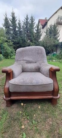 Dwa fotele lub komplet z kanapą