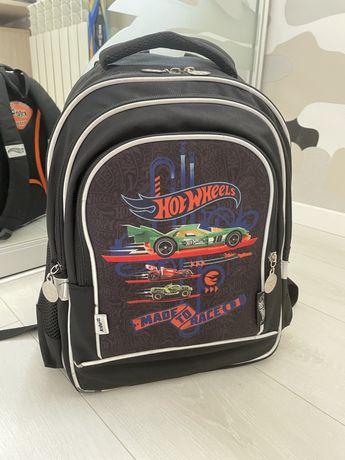 Школьный рюкзак Kite Hot wheels