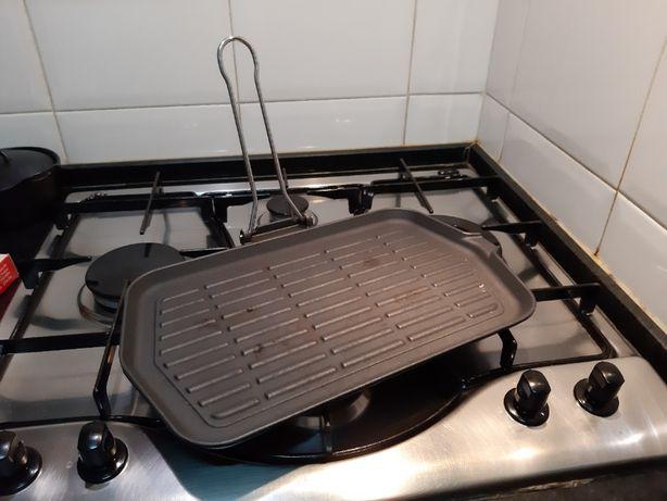 Placa/grelha em ferro para grelhardos no fogão
