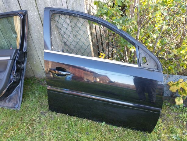 Drzwi Vectra c z20r.   Hatchback i kombi  przód i tyl