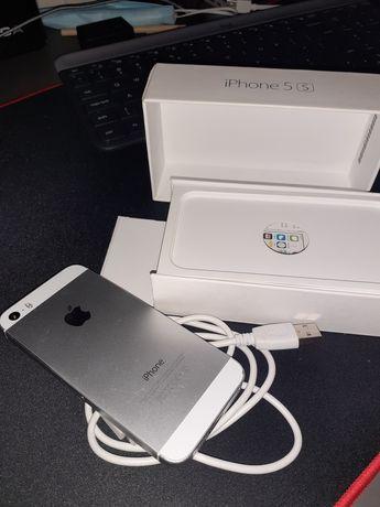 iPhone 5S (nie włącza się po wymianie baterii)
