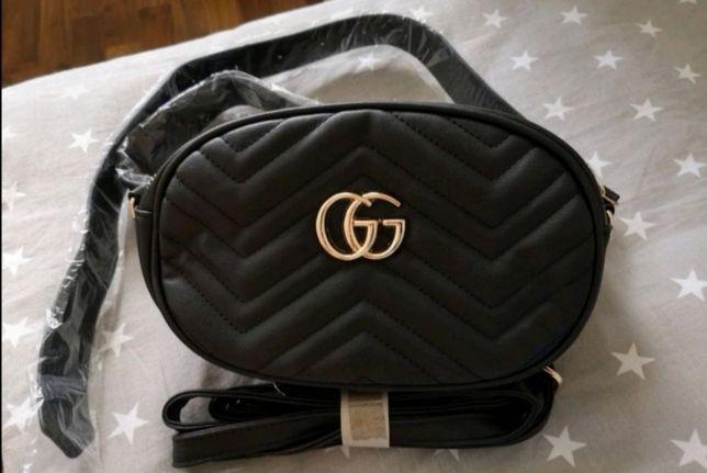 Nowa czarna pikowana nerka torebka saszetka GG