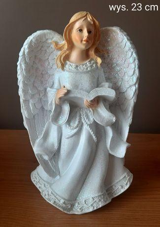Anioł z księgą figurka 23 cm wys.