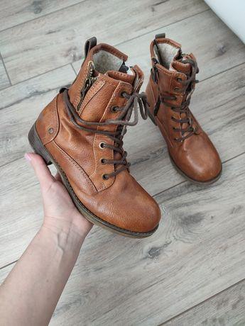 Шкіряні ботинки, черевики Mustang