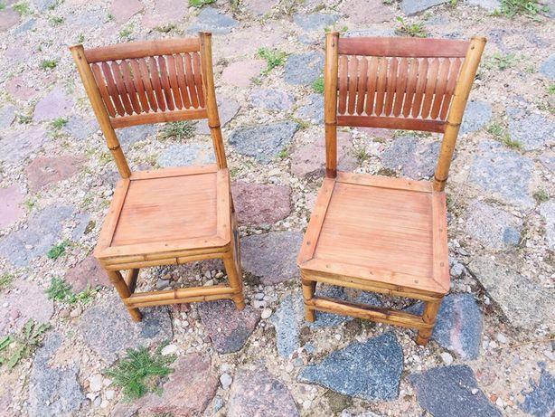 Dwa bambusowe krzesełka, wysokość około 55cm