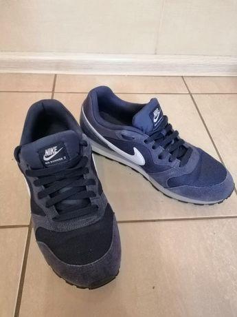Кроссовки Nike 42 размер