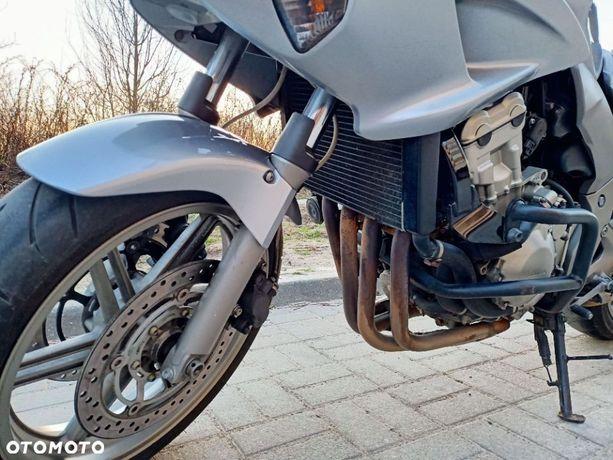Honda CBF CBF 1000 salon Polska, niski przebieg, crash pady, kufer Givi