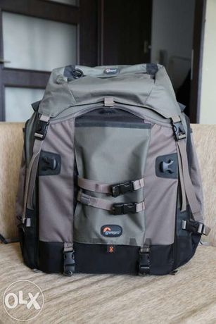 Profesjonalny kultowy plecak fotograficzny Lowepro Pro Trekker AW300