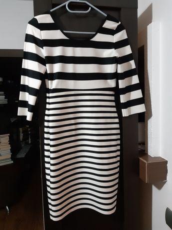 Sukienka w paski XS