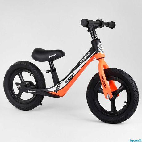 Велобег 12, 14 колеса надувные, магниевая рама, подножка беговел