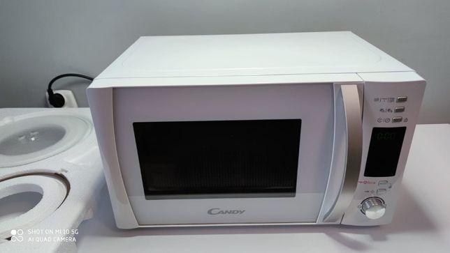 Kuchenka Mikrofalowa CANDY CMXG20DW z aplikacją cook-in