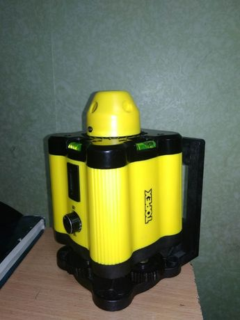 Продам лазерный ротационный нивелир уровень