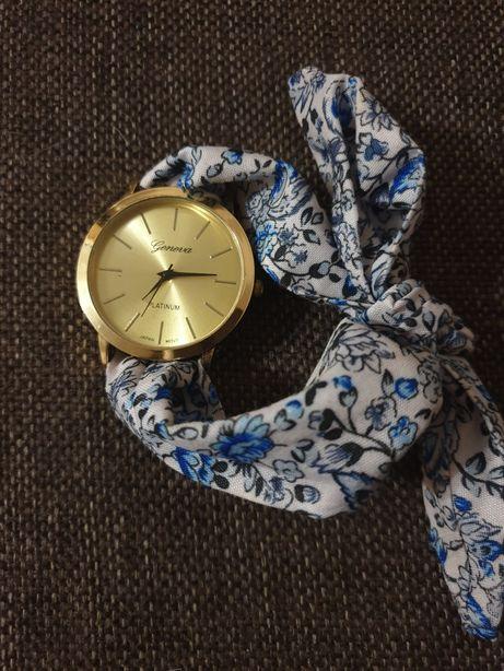 Продам женские часы на тканевом ремешка. Очень оригинальные!