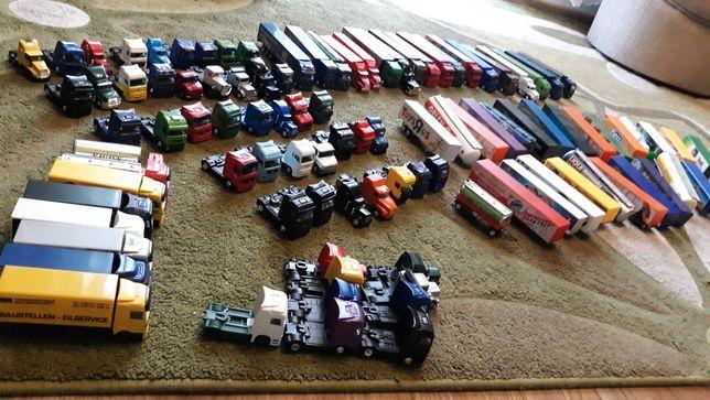 Duży zestaw ciężarówek, naczepy, tiry resoraki