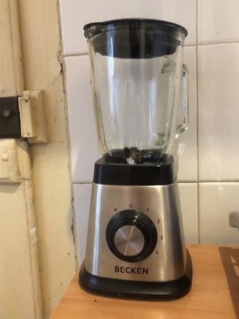 Liquidificador becken 1,5l 1000w usado