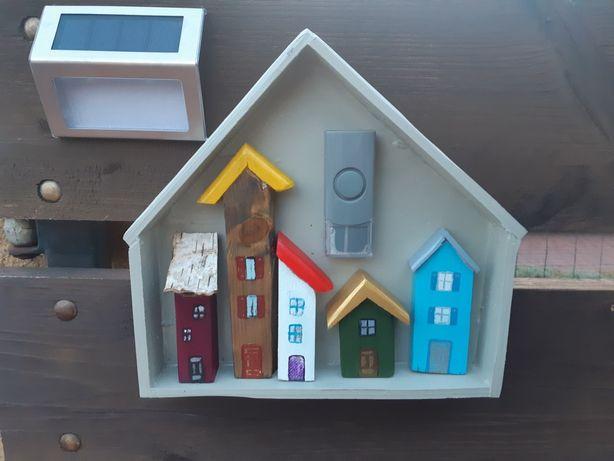 Osłona przycisku na drzwi , drewniane domki w domku, rękodzieło