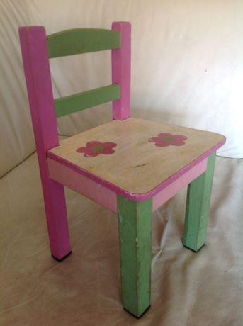 Artesanato/diy:Cadeira/cadeirinha em madeira criança/bebé para restaur