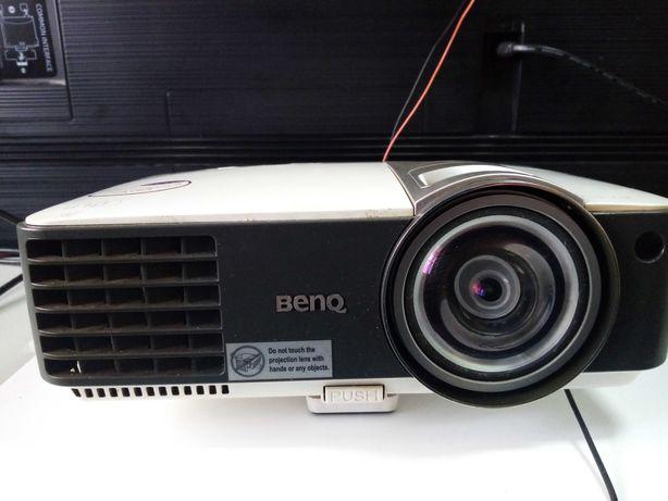Projector de Video Benq MX815ST