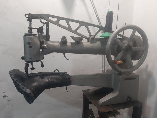 Рукавна швейна машинка 378