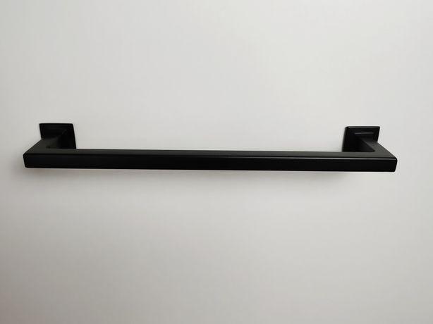 Wieszak łazienkowy loft metal prosty czarny