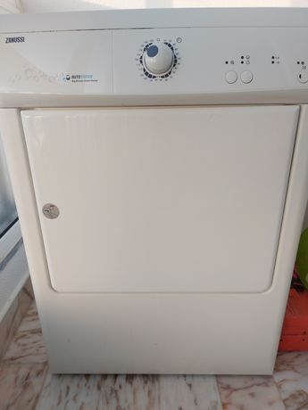 Máquina secar roupa Zanussi Exaustão
