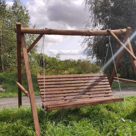 Nowa huśtawka ogrodowa