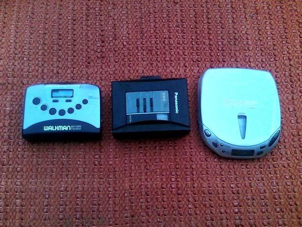 Walkmans Panasonic e Discman Sony Vintage
