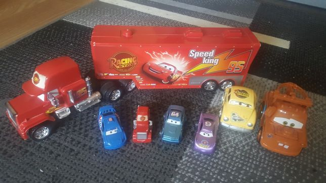 Sprzedam samochody z filmu auta