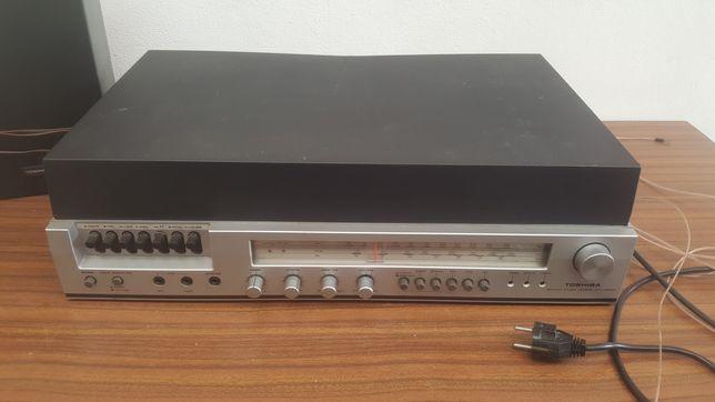 Gira discos com Rádio e Cassetes