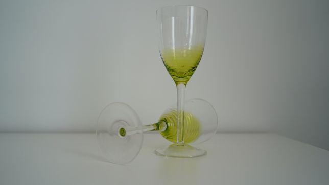 Kieliszki do wina zielone, kieliszek, szkła, duże kieliszki