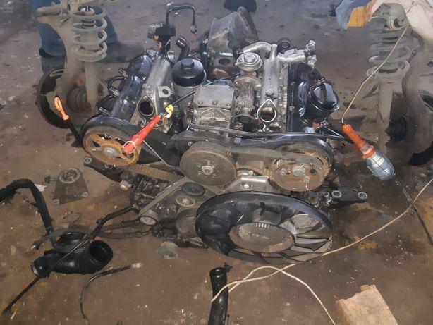 Audi a6 c5 двигатель.детали двигателя