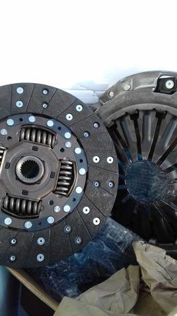 Sprzęgło+sztywne koło Nissan Navara 2.5 dci d40