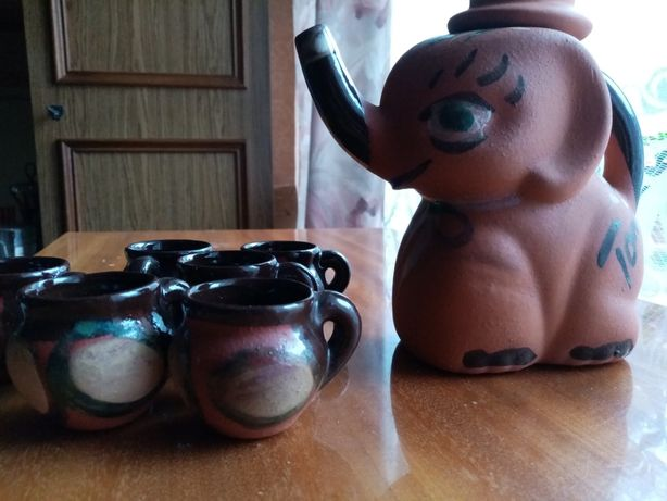 Ceramika karafka i kieliszki