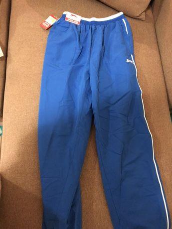 Спортивные штаны на мальчика фирменные оригинал 10-12 лет. Новые