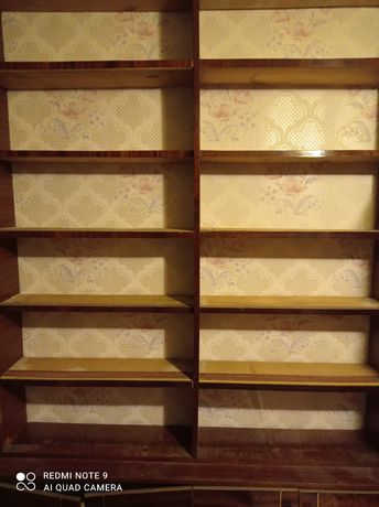 Книжные полки стенка