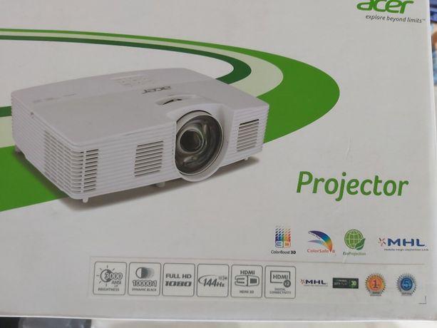 Projektor Full HD + Ekran 110' fabrycznie nowy