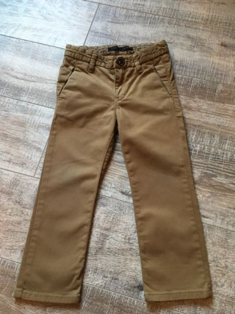 IKKS- eleganckie spodnie chłopięce typy Chino 104 cm
