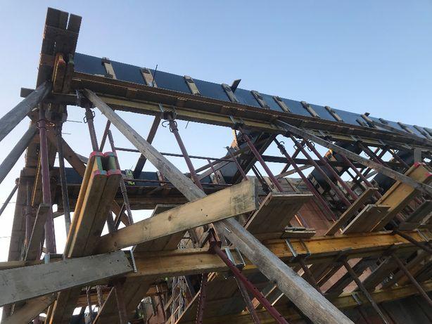 Szalunki-stemple budowlane metalowe regulowane rusztowanie elewacyjne