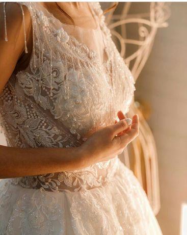 Продаж весільного плаття